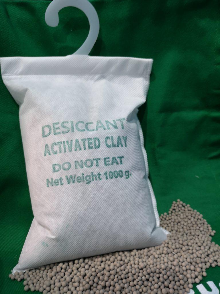 Activated Clay (ดินดูดความชื้น) สำหรับแขวนป้องกันความชื้นในตู้คอนเทนเนอร์