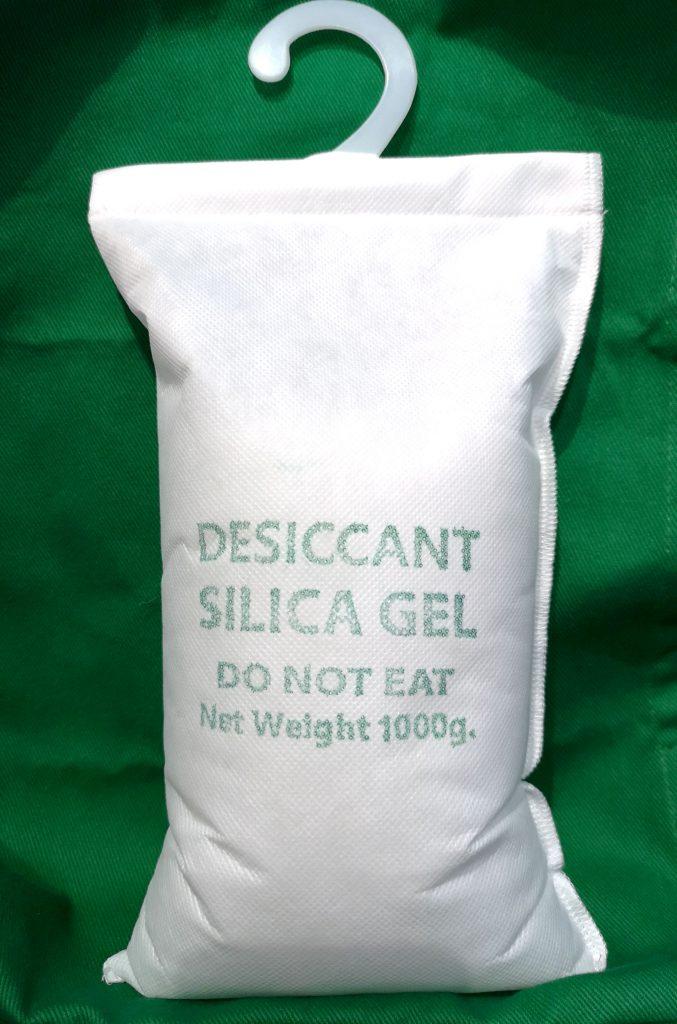 silica gel 1000g สำหรับแขวนป้องกันความชื้นในตู้คอนเทนเนอร์